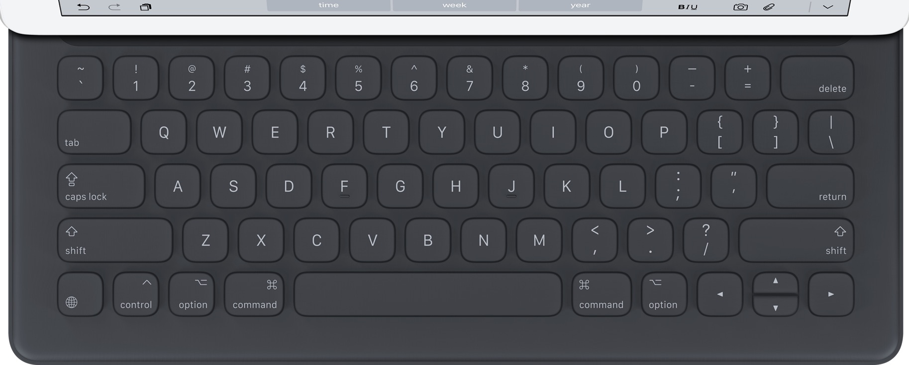Immagine reale dimensione di  iPad Smart Keyboard .